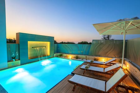Perla Nera Villa with Heated Pool