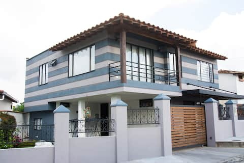 Casa en Rionegro-Llanogrande -cerca aeropuerto JMC