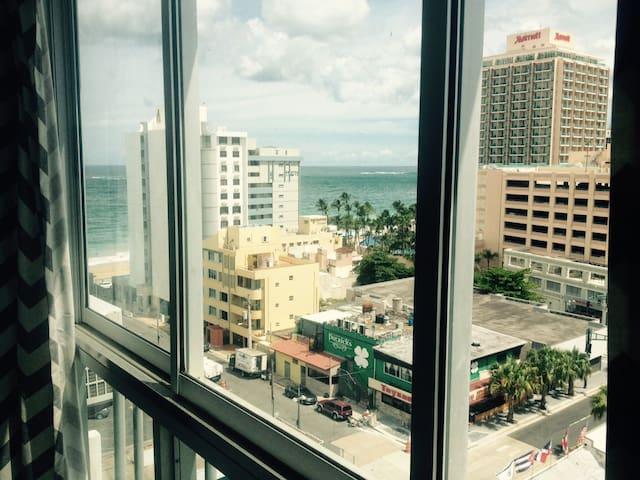 Paradise Retreat in Condado - Close to Everything