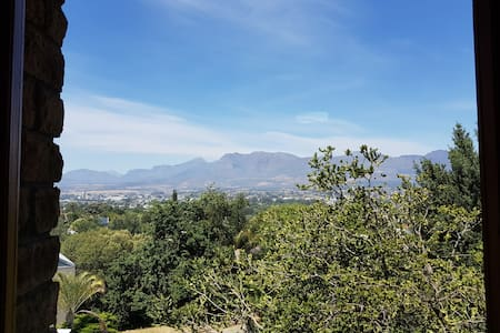 Villa Cuore - Stunning views of Paarl valley!