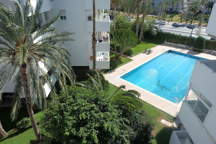Popular located 2 bed app w/ pool! - Ibiza - Apartment