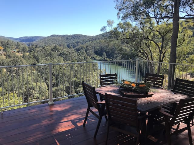 Colo Mudbrick Cabin, unaffected by fires, pristine