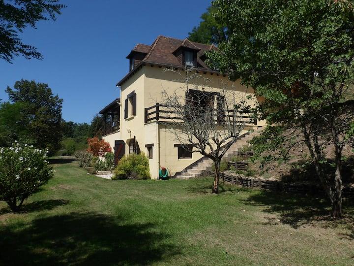 Villefranche-du-Périgord, VillaFranche
