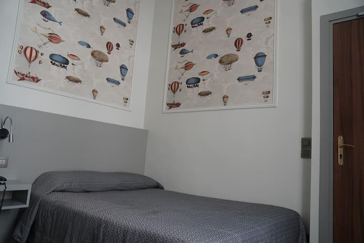 Friendly Parisian room