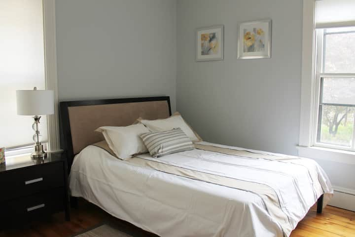 Renovated private apartment in Armory district