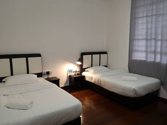 TerminaL 6 Homestay - Twin Room 2