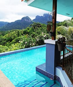 Mountain Home with Perfect View of Cerro Trinidad