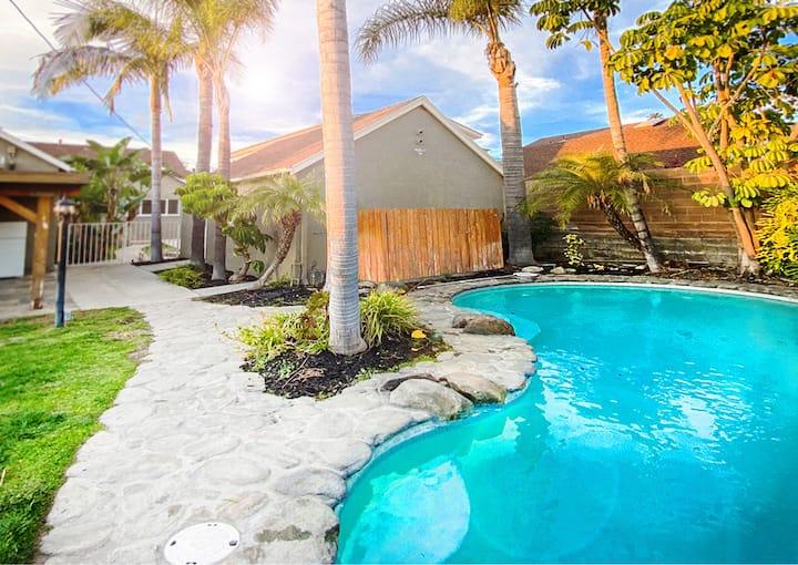 Heated Pool I 4 bed 3 bath   Family Vacation!!
