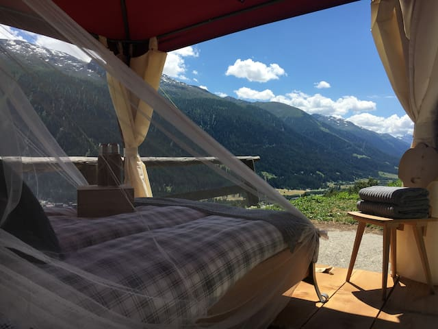GLAMPING & NATURLODGE GADESTATT- MOUNTAIN VIEW