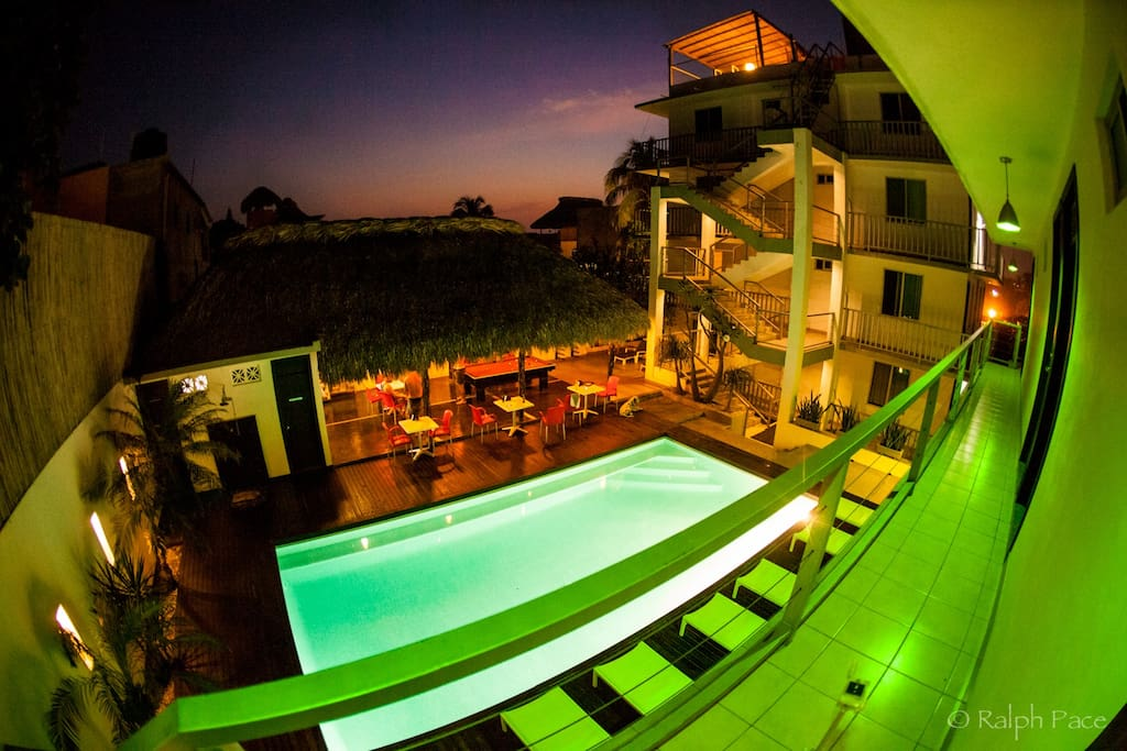 Straddie adults only boutique hotels for rent in for Boutique hotel oaxaca
