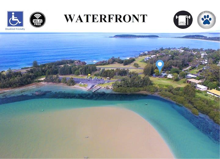 Waterfront - Disabled & Pet Friendly - 4B/R 3 Bath