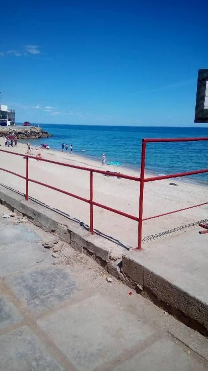 Дача на берегу моря