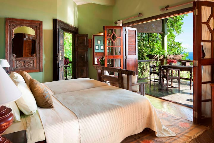 Magnifique villa vue mer (2 à 8 pers) - pdj inclus - Quatre Bornes - Vila