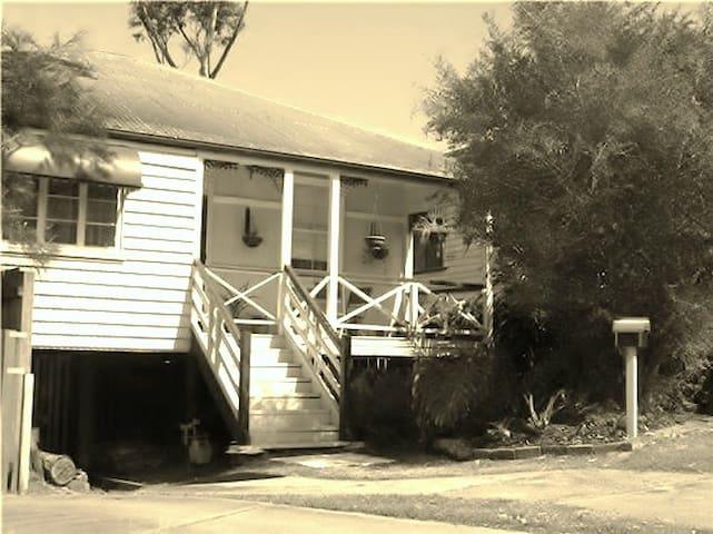 Kedron Cottages 2 bedroom house. - Kedron