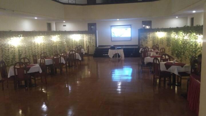 Premium AC room(Hotel Dhanhills)