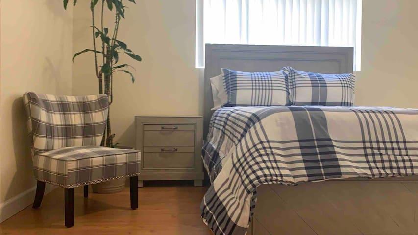 Bev Hills|West Hollywood Premium Master Suite II