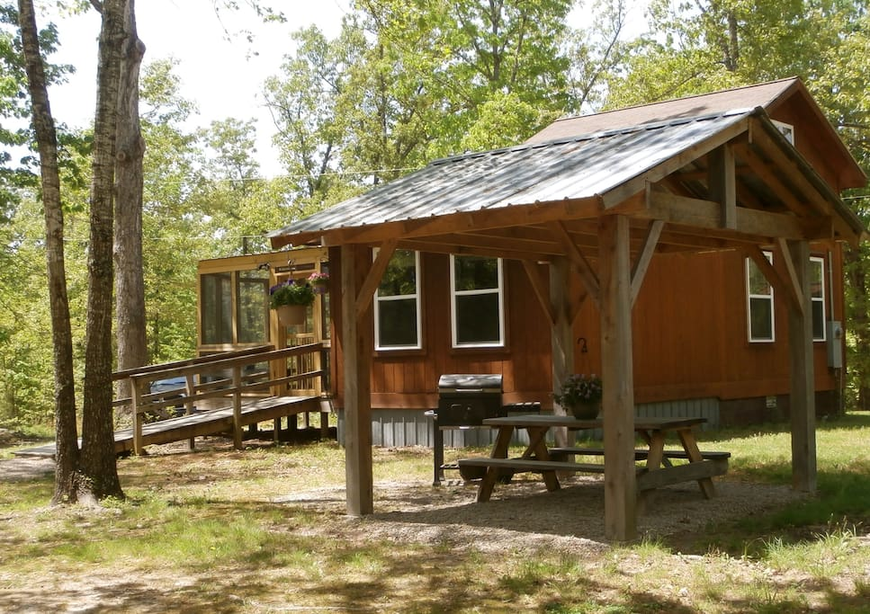redbud cottage cabins for rent in yellville arkansas