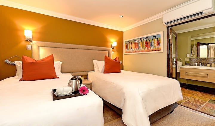 Ndebele inspired Boutique Bed & Breakfast
