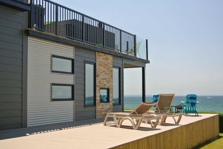 Waterfront Black Diamond- Modern Cottage