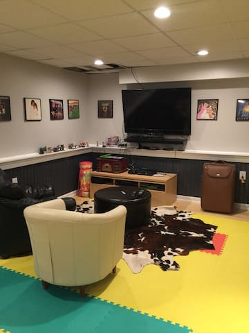 Fully Furnished Basement - Host Family on Site - Myersville - Andere