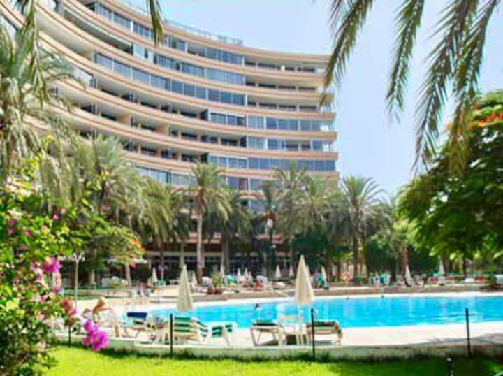 Tenerife : appartement neuf face à la mer