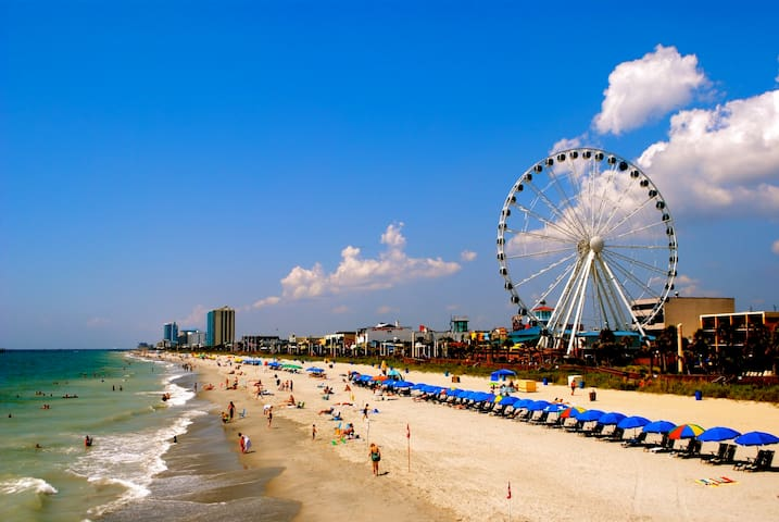 Affordable Vacation Home one Block to Beach - Myrtle Beach - House