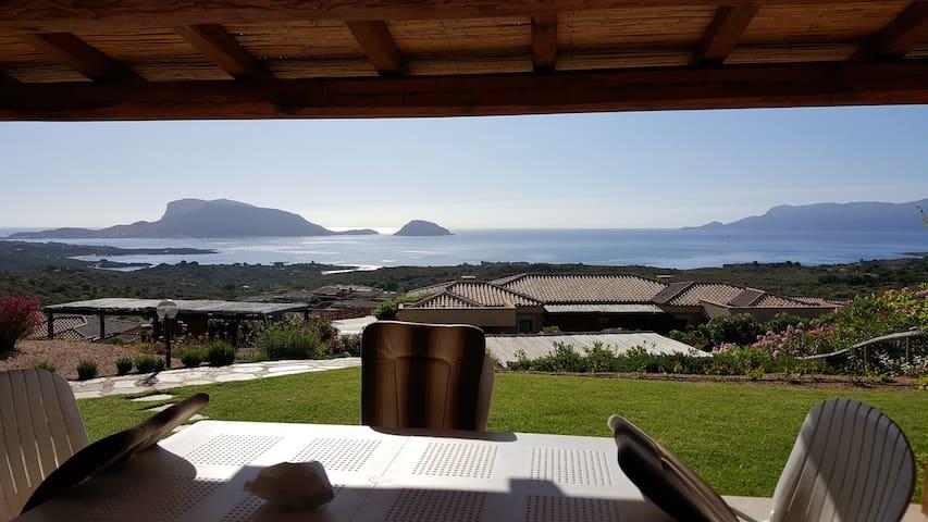 Villa Bitta con meravigliosa vista mare.