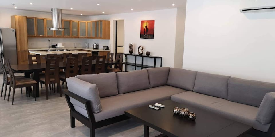 SCANDI APT. 3.3.B Luxury 3 Bedroom  in Boracay
