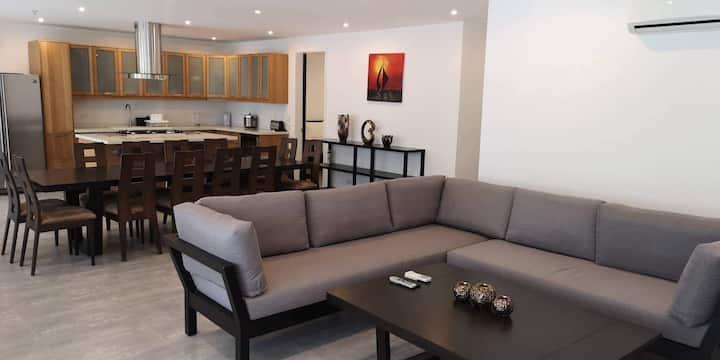 SCANDI APT. 3.3.B Luxury 3 Bedroom  in Boracay