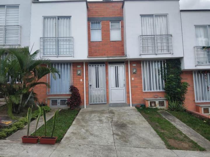 Comfortable&Tranquila casa en Pereira, VillaVerde