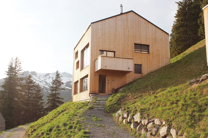 Modern chalet - stunning panorama