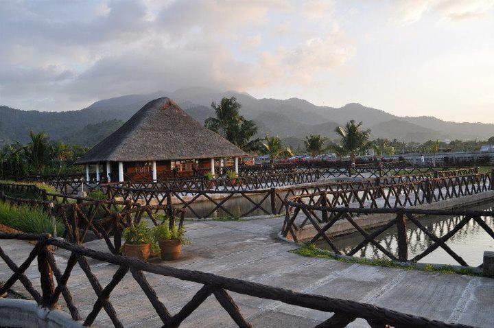 2 Cottages for Los Banos Hot spring resort c