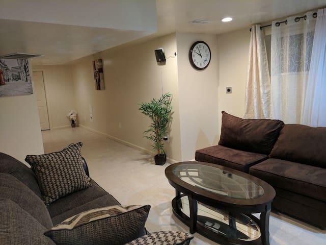 Cozy Spaces in Hillandale near FDA and ARL