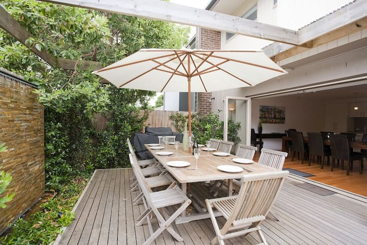 Immaculate & Close To Surf - A795 - Anglesea - Flat