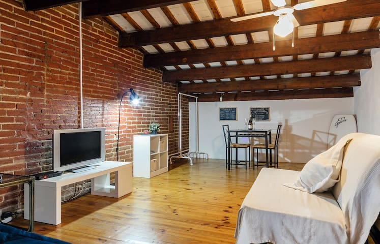 Loft in front of the sea and 20 minutes from Barce - Premià de Mar - Loft