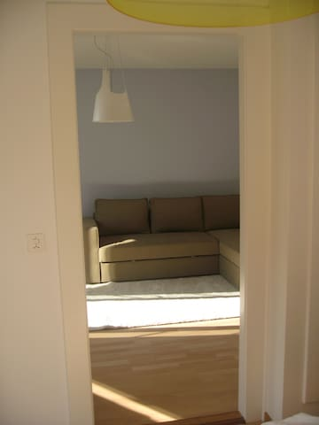 fully furnished 2 room apartment EG - Bern