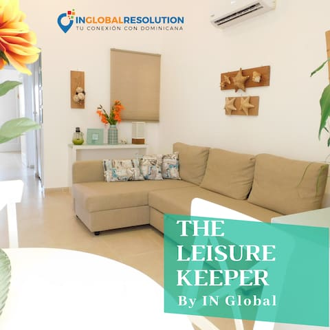 The Leisure Keeper. Ideal Apartment couples