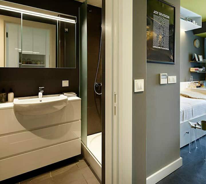 Minimalist Residence studio flat