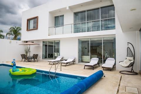 Palmas Luxury Residence with 24/7 security