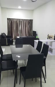 Cosy 2 bed rooms with parking - Ipoh - Apartment