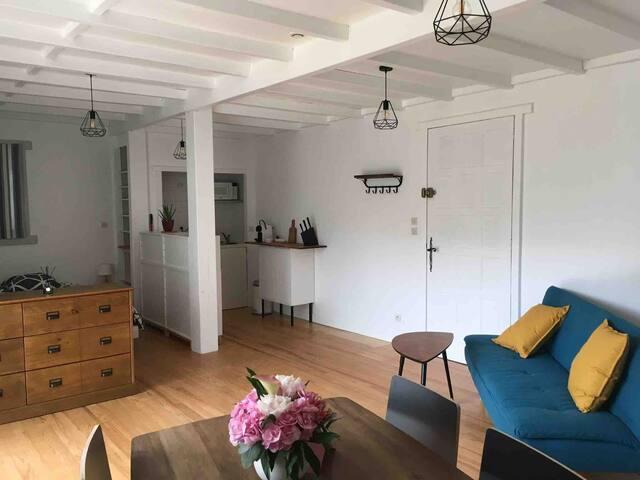 Studio independant dans maison individuelle