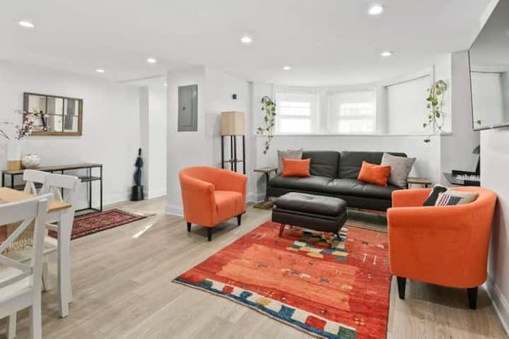 Fully  Renovated 2-Bedroom Apt in Logan Circle