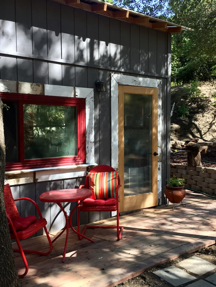 Creekside Casita near the Beach and Wine Country
