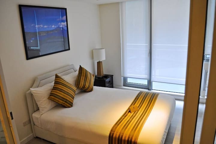 Azure Urban Resort Miami 612 Staycation