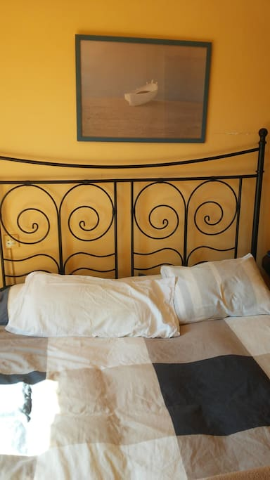 Main roon, double bed