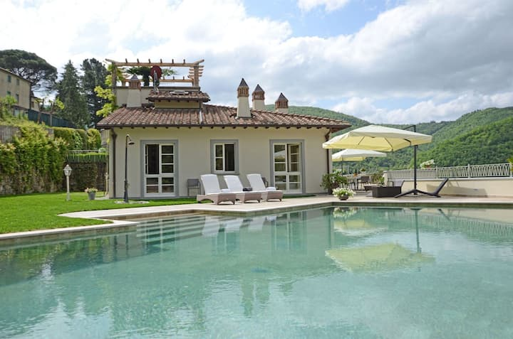 Villa Idetta - Exclusive Villa with swimming pool in Casentino Valley, Tuscany.