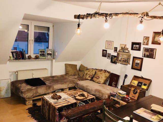 *Unique* two-room apartment in center/ Glockenbach