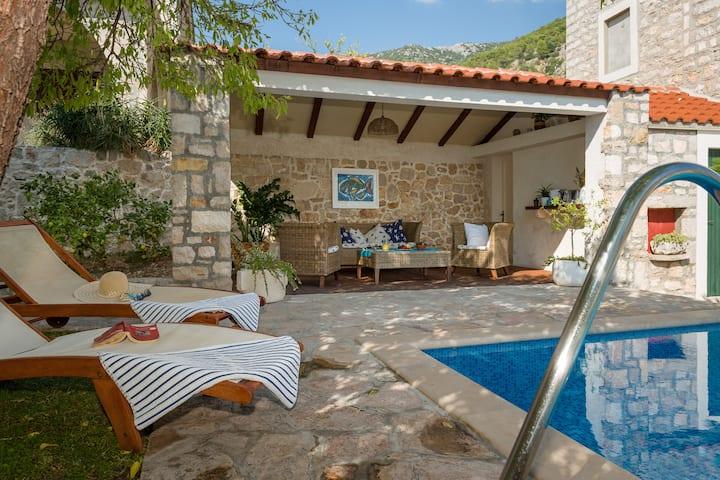 Vila Tanja, Luxury Villa with pool and sea view