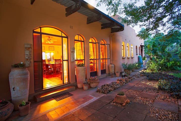 Your VicFalls Home, Victoria Falls (self catering)