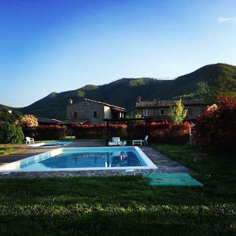 Gli Aceri B&B with Swimming Pool - Cantiano